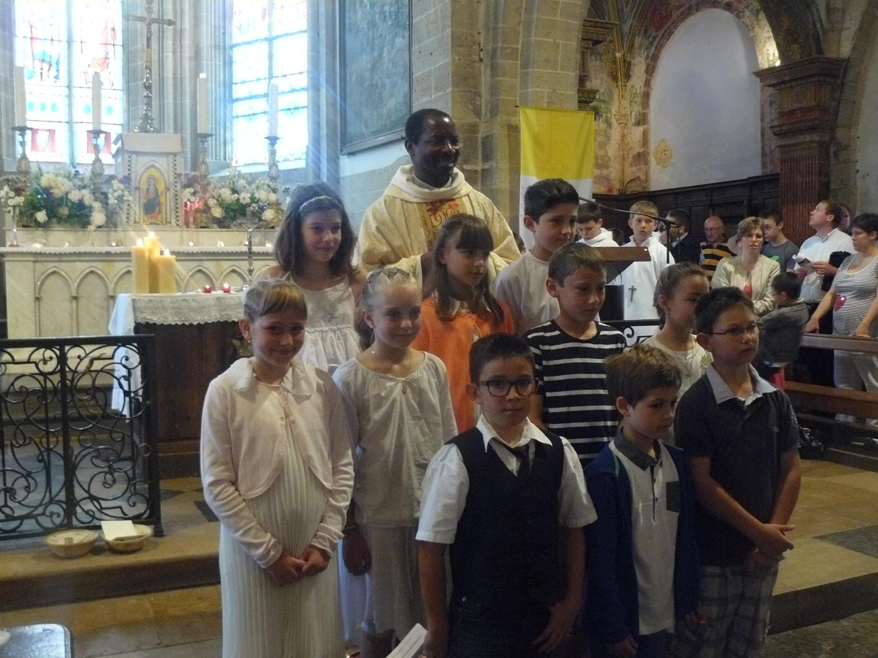 1ère communion paroisse de Vitteaux